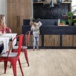 Виниловый ламинат на кухне