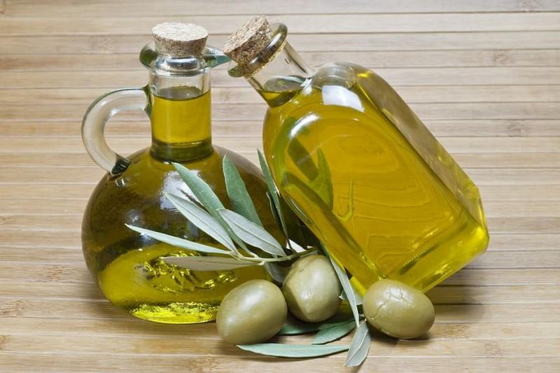 Оливковое масло для устранения неглубоких царапин