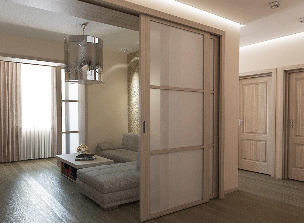 Сочетание светлого ламината и светлых дверей (беленый дуб)